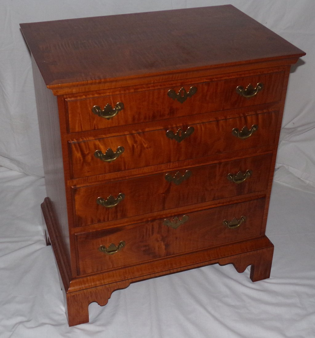 Cabinet Made Bachelor's Chest - Eldred Wheeler