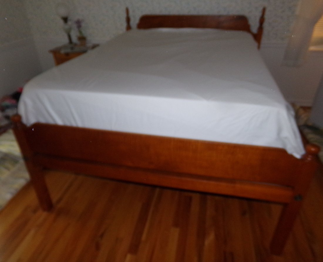Cabinet Made Queen Size Bed - Eldred Wheeler