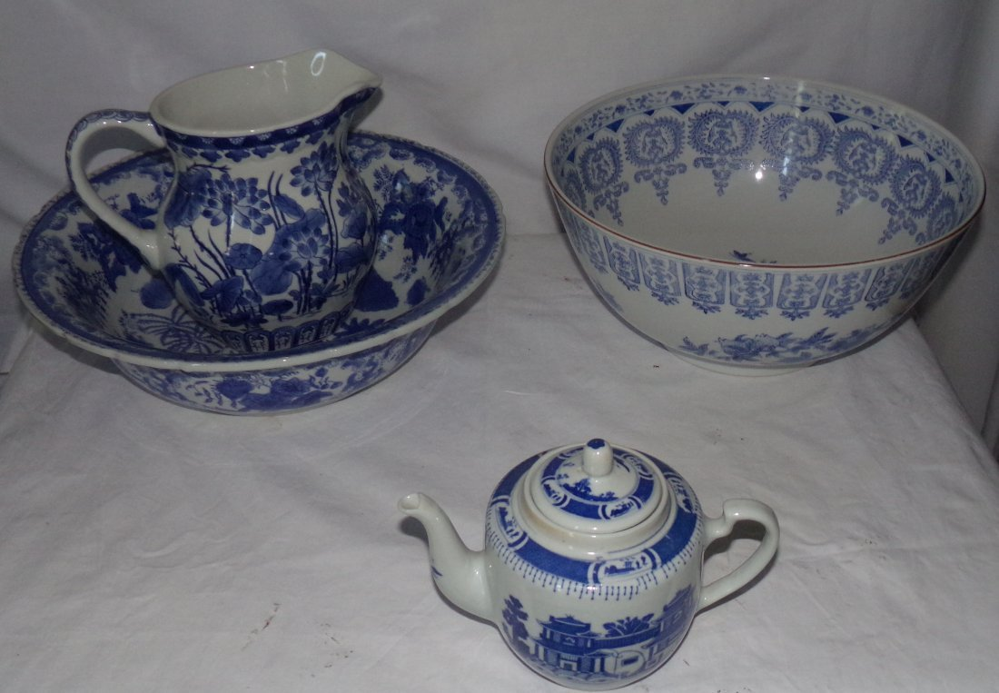 Asian B&W Ceramic Ware