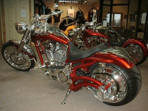 4019: 2005 Bourget's Bike Works Fat Daddy 330