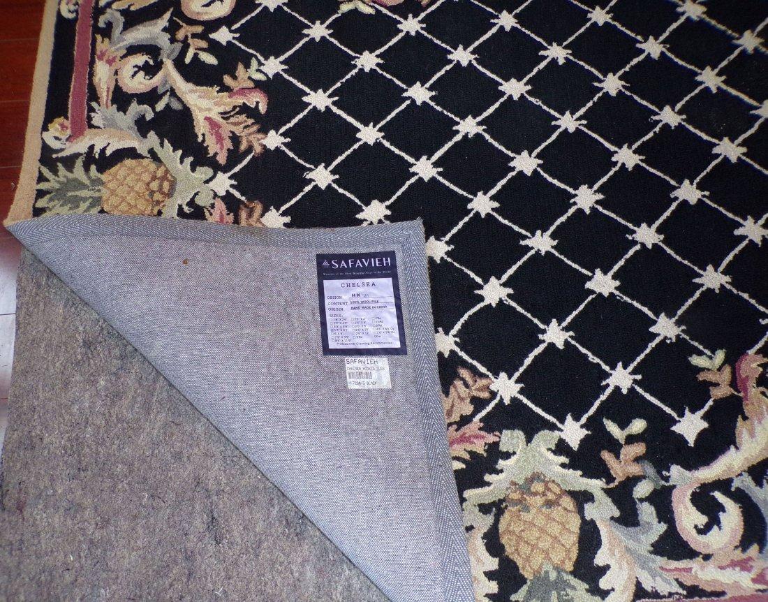 Modern Hooked Carpet - 3