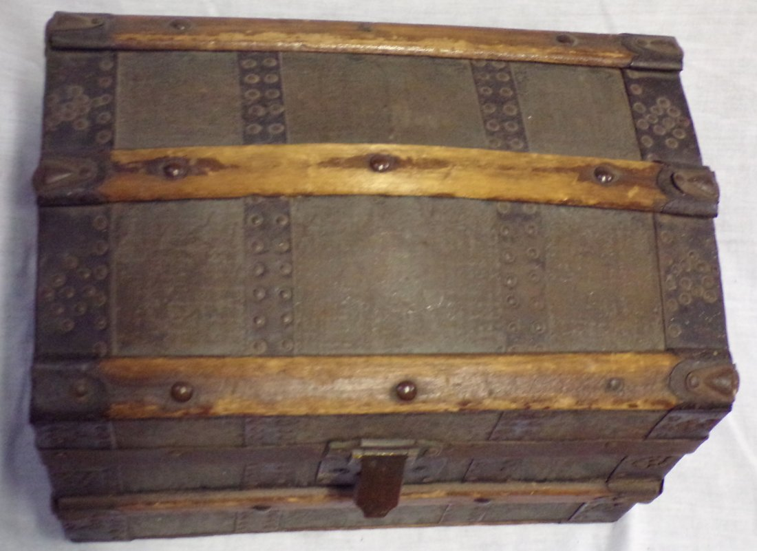 Antique Miniature/Doll Size Dome Top Trunk - 5