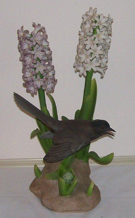 11: Boehm Porcelain - Catbird w/Hyacinth #483