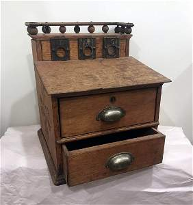 FURNITURE, ACCESSORIES, COUNTRY COLLECTIBLES, TOYS,