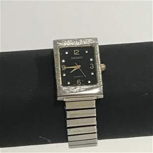 Vintage Seiko Quartz Japan 1400-7140 Watch Works