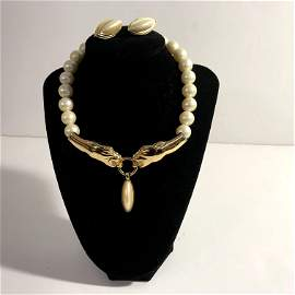 Givenchy Faux Pearl Choker Big Cat Head Necklace Gold