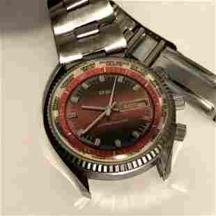 Vintage Men's Seiko World Time Calendar Watch Red