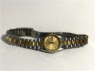 Seiko Women's Quartz SQ 3Y03-0160 Watch 2 Tone Bracelet