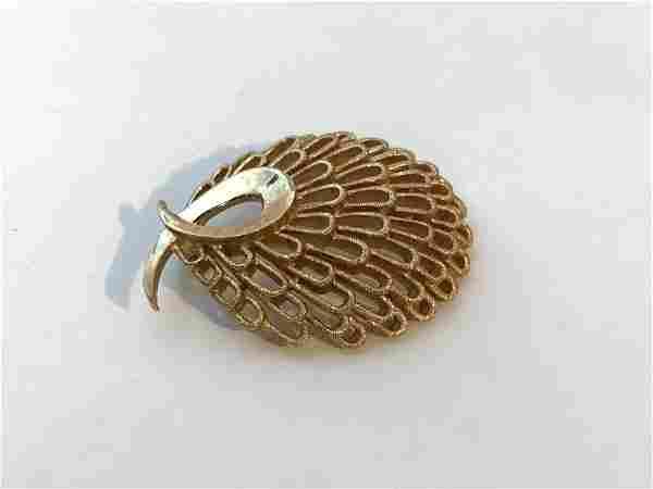 "Crown Trifari Vintage Gold Tone Brooch Pin 1 1/2"""