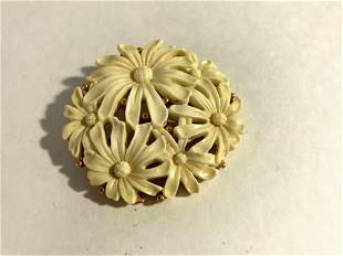 Monet Lucite Flower Brooch Pin Cream Gold Tone Signed