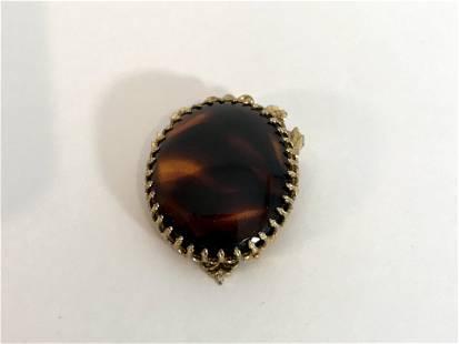 Vintage Gold tone Brooch pendant 2â€