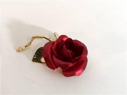Vintage Rose USA Gold Tone Brooch