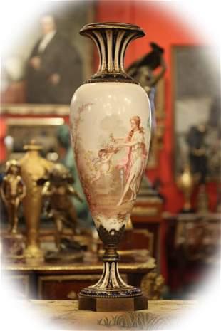 19 C large porcelain severing vase with bronze base,