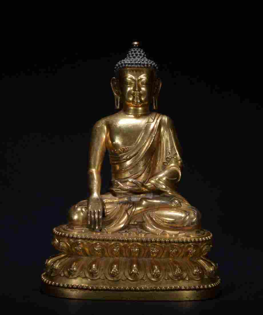 Qing dynasty gilt bronze figure of shakyamuni