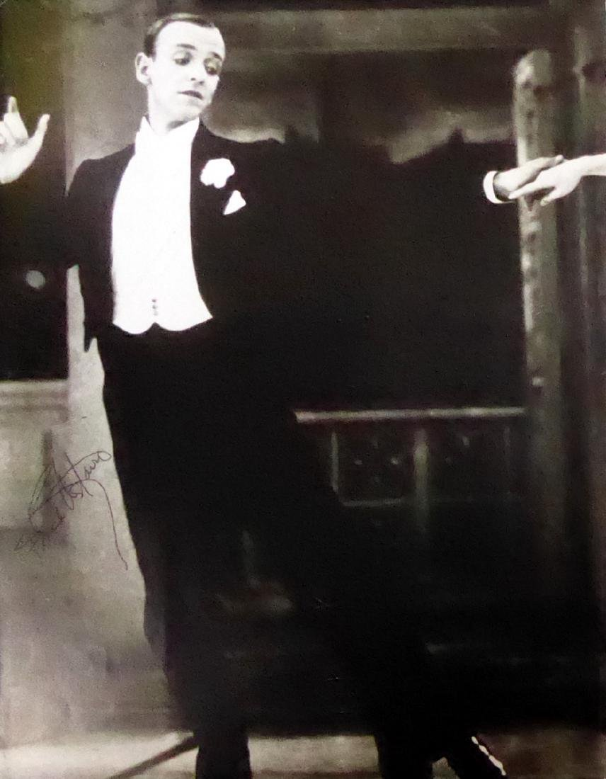 Dancer, Actor FRED ASTAIRE - Photo Signed