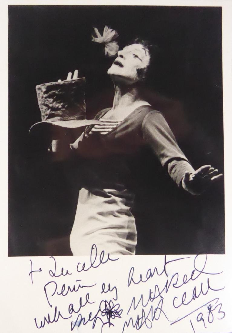 French Mime MARCEL MARCEAU - Photo Signed