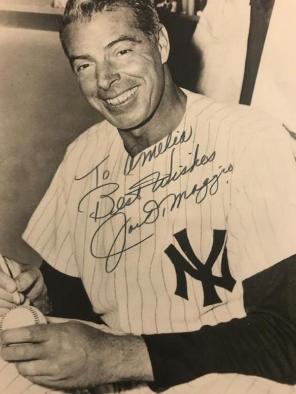 Yankee JOE DiMAGGIO - Photo