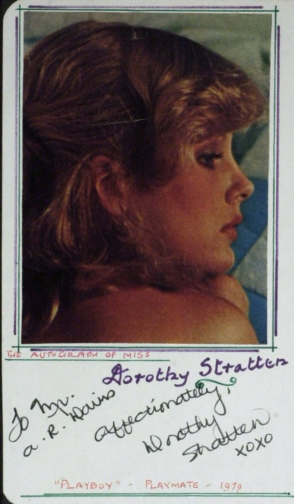 606: Playmate DOROTHY STRATTEN - Card Signed