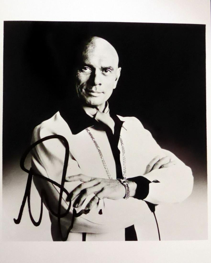Actor YUL BRYNNER - Photo Signed