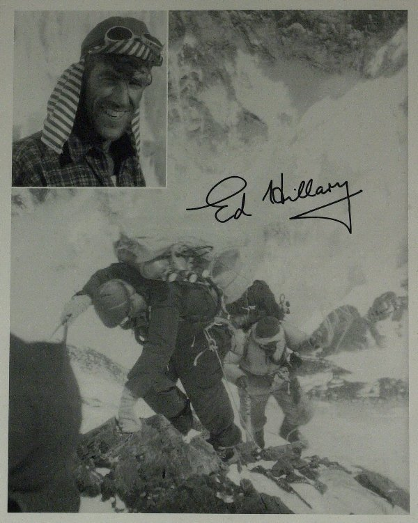 200: Everest Climber SIR EDMUND HILLARY - Photo Signed