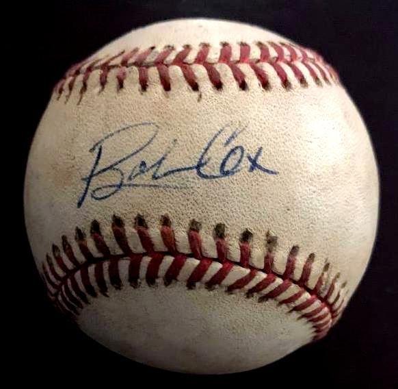 Braves:GREG  MADDUX & BOBBY COX - Games Used Baseball