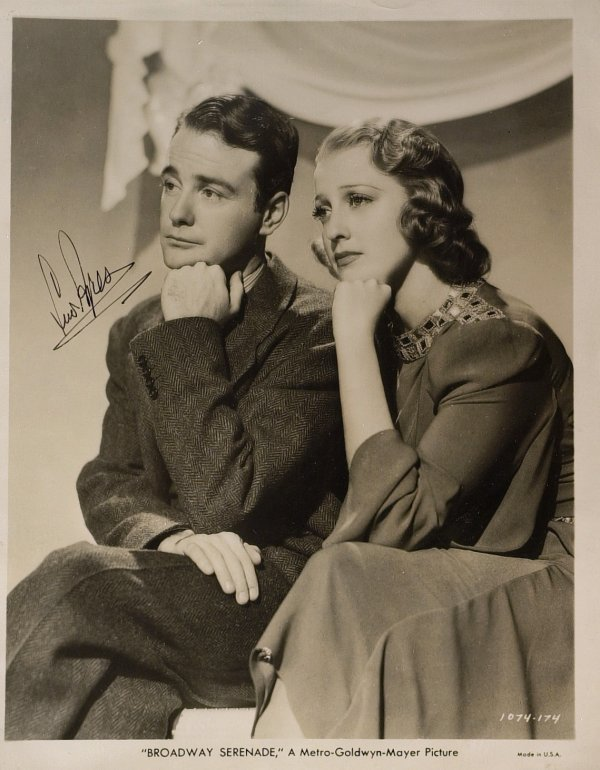 624: Young Dr. Kildare Actor LEW AYRES - Photo Signed
