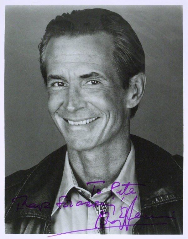 765: Norman Bates Actor ANTHONY PERKINS - Photo Signed