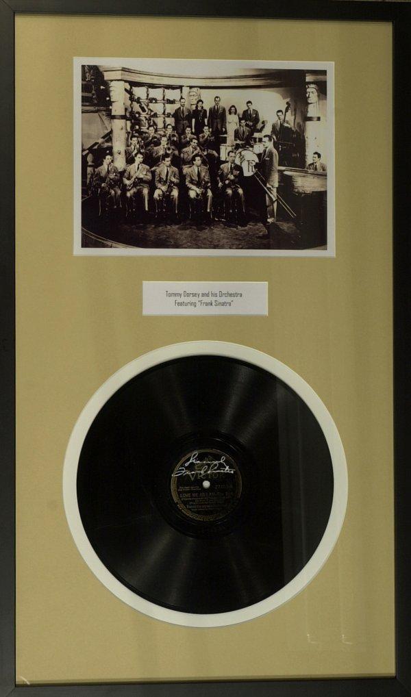 835: Crooner FRANK SINATRA - Record Signed, Framed