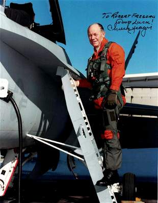 Pilot CHUCK YEAGER - Photo Siged