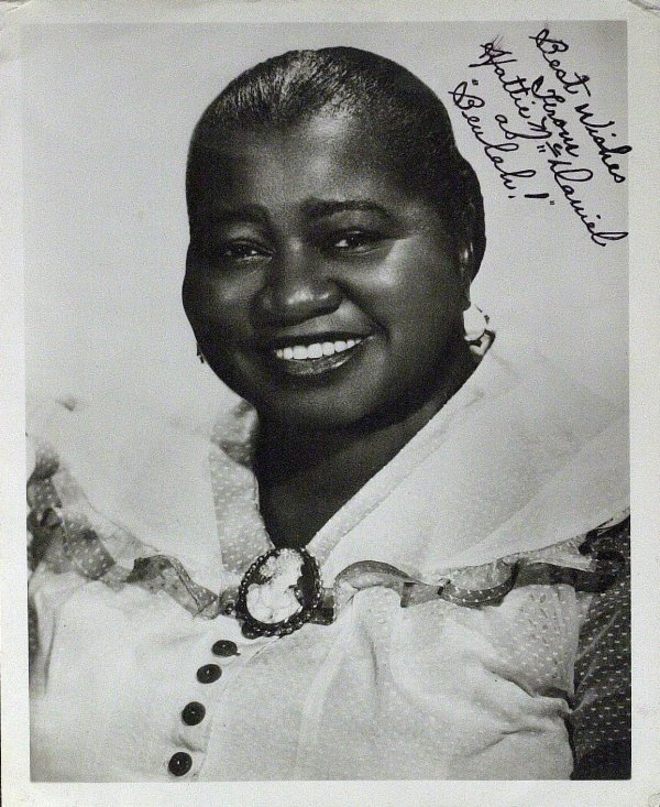820: GWTW Actress HATTIE McDANIEL - Photo Signed