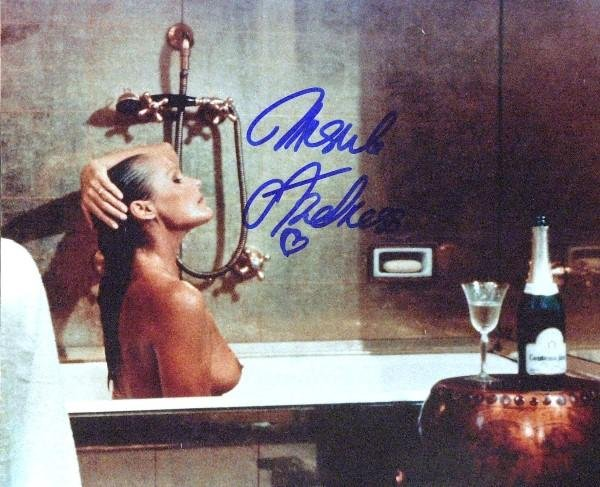 584: Ursula Andress - Topless Photo