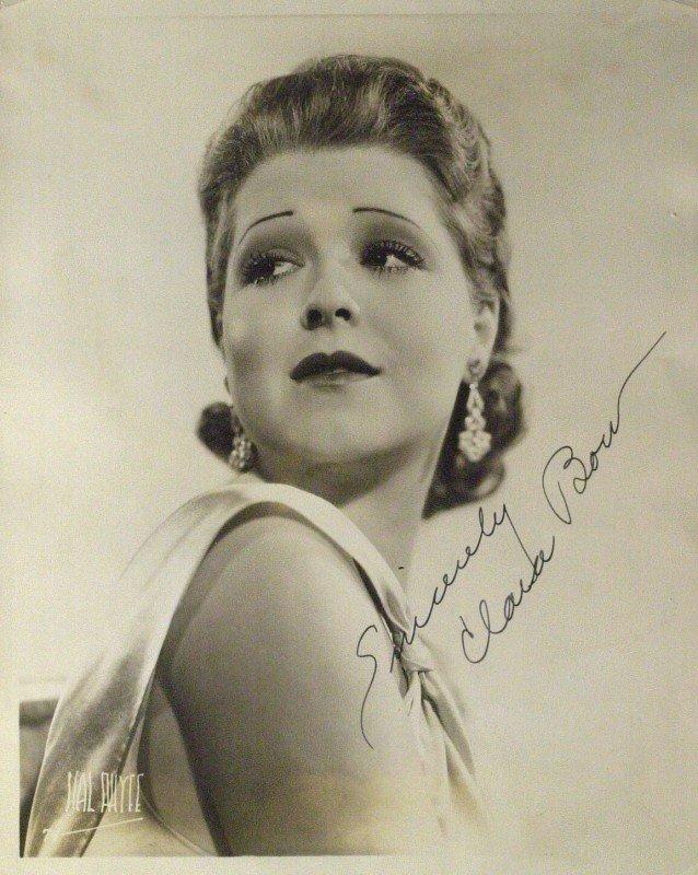 32: It Girl Actress CLARA BOW - Vintage Photograph
