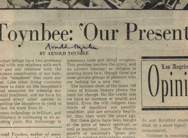 636: Historian ARNOLD TOYNBEE - News Article Signed