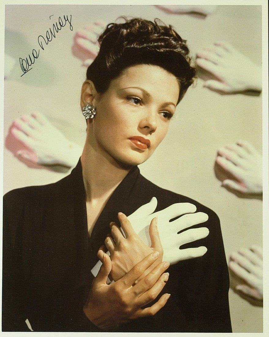 718: Actress GENE TIERNEY - Color Photo Signed