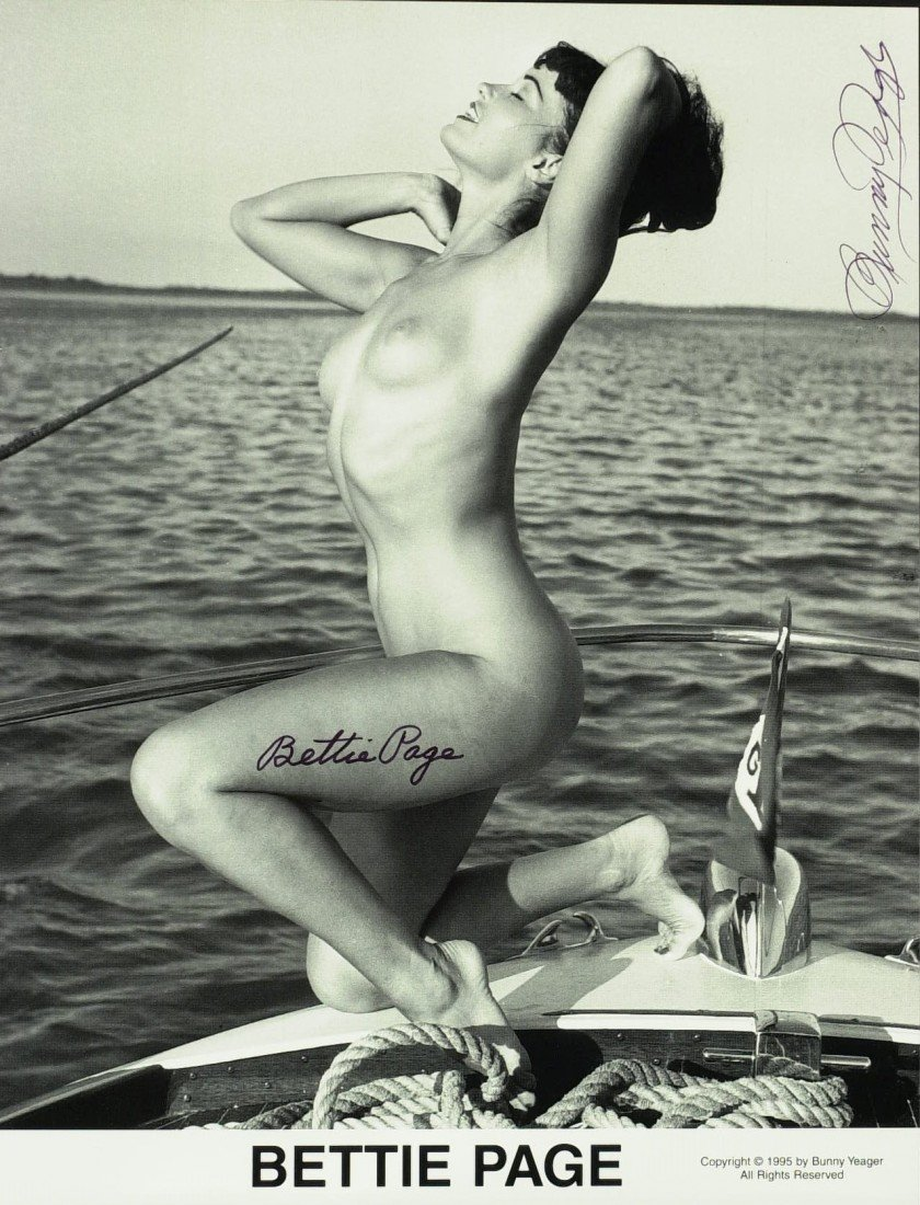 797: Model BETTIE PAGE - Nude Photo Signed