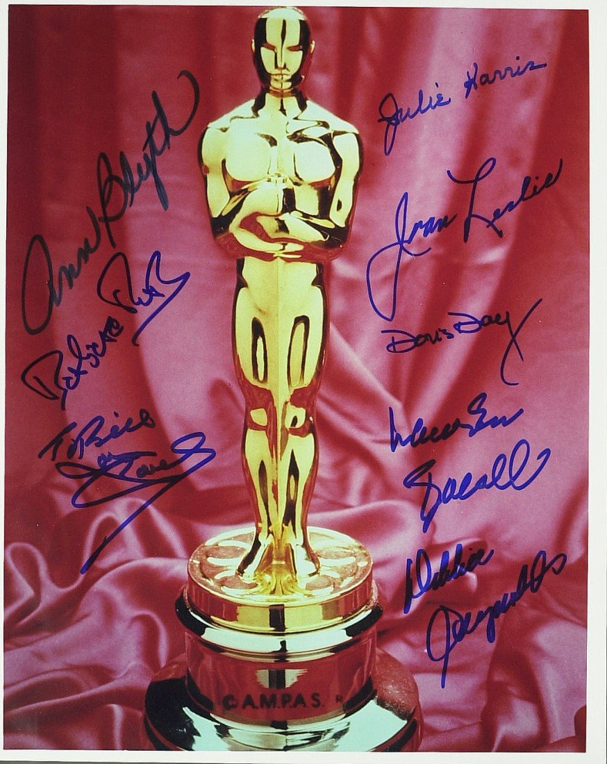 1003: OSCAR - Photo Signed by Eight Former Winners