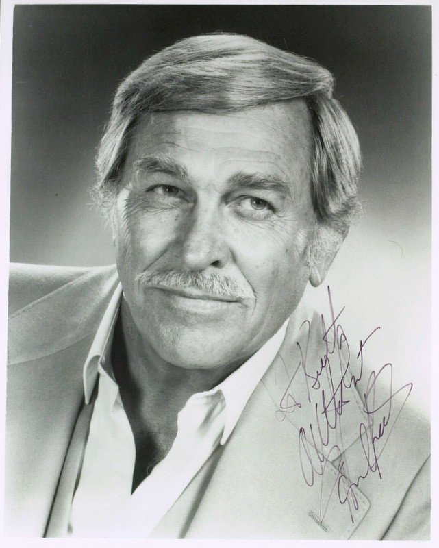 1194: Actor HOWARD KEEL - Photo Signed
