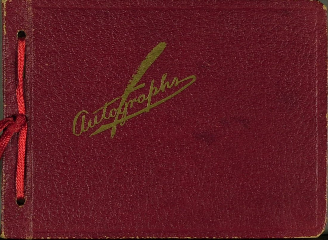 1023: Autograph Album - 41 Signatures of 1930's Stars