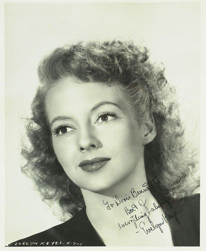 1174: GWTW Actress EVELYN KEYES - Photo Signed