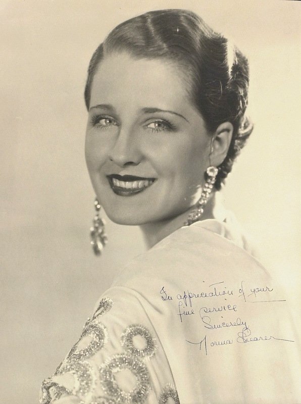1268: The Divorcee Actress NORMA SHEARER - Photo Signed