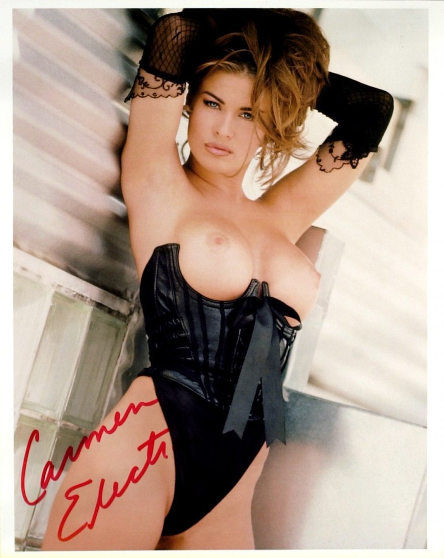 Actress CARMEN ELECTRA - Topless Photo Signed