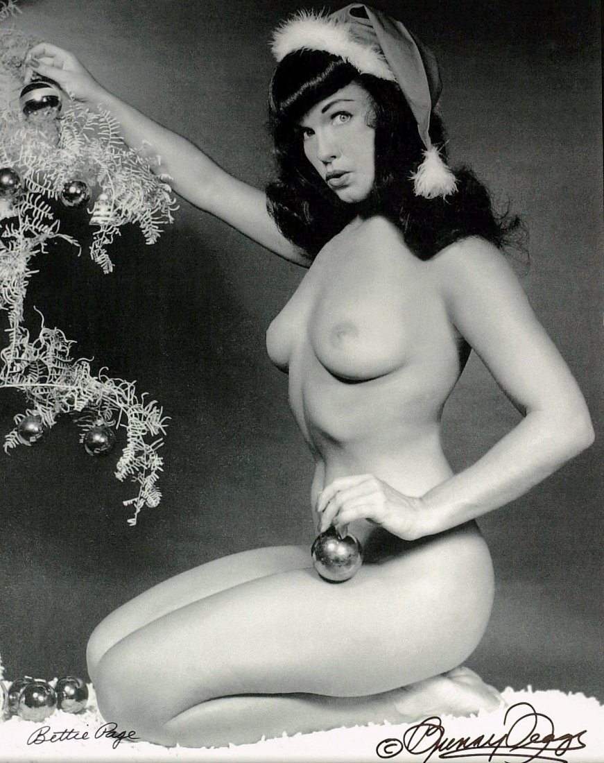 Legendary BETTIE PAGE - Nude Photo Signed
