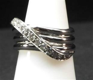 14K wg 3 row with 1 diamond row crossover ring