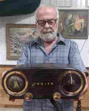 Zenith Owl eye clock radio c 1950