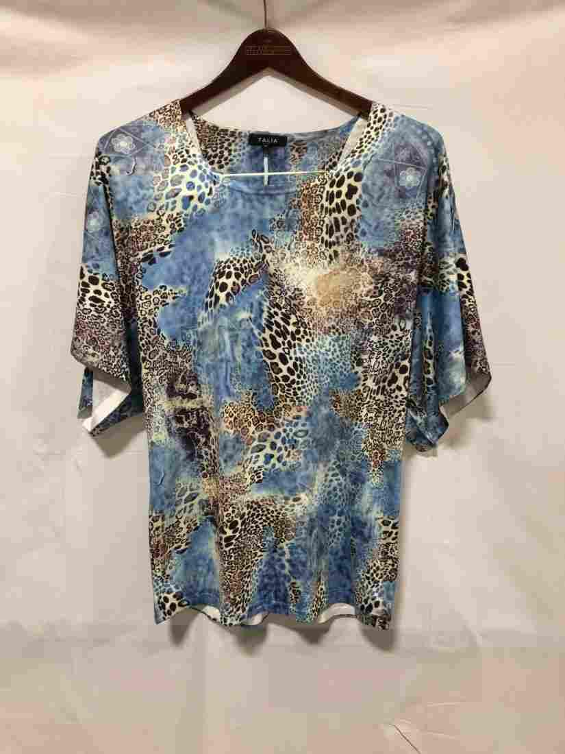 Talia blue print shirt size small