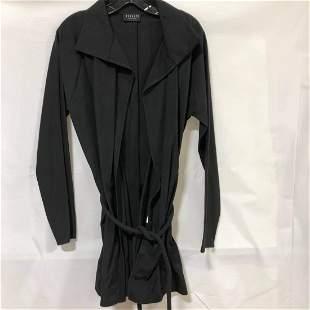Veohlee black buttonless tie Blazer size large
