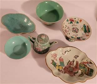 6 pc lot of Oriental Pottery pieces bowls, pedestal