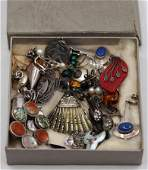 A large collection of silver jewellery to include