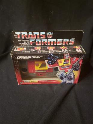 TRANSFORMERS: BLASTER TEMPO COLLECTIBLE TOY