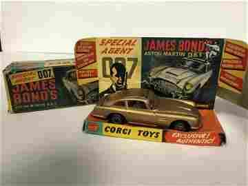 1st Issue Corgi 261 James Bond Aston Martin